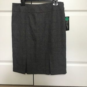 Black label by Evan picone, Gray pencil skirt